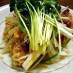 鶏の揚げ焼きピリ辛ネギソース