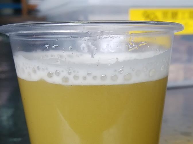 サトウキビの搾汁