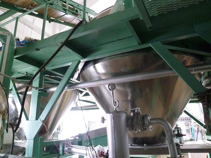 加圧蒸米機
