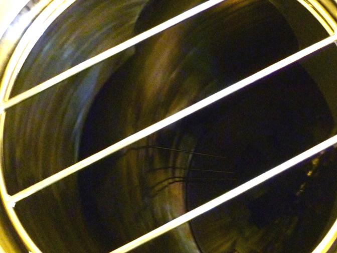 タンク内に見える温度センサー